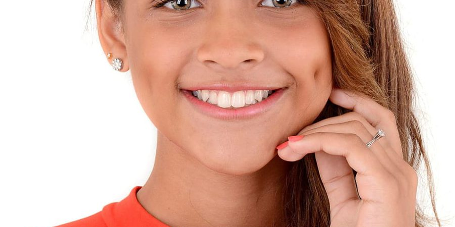 Smile Makeover Options for Crowded Teeth